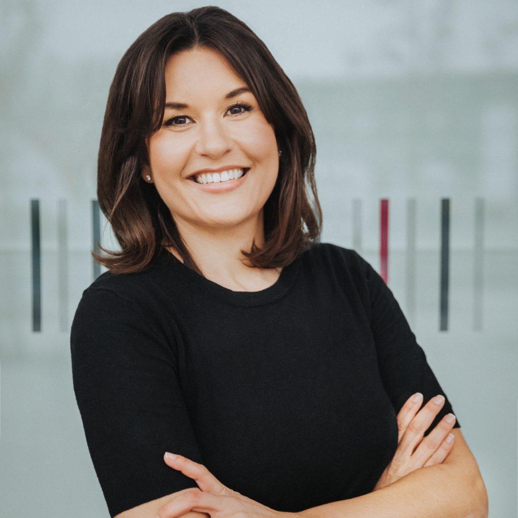 Dr. Julia Weigl